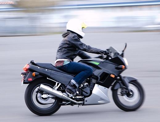 File_Kawasaki_Ninja_250_rider_2
